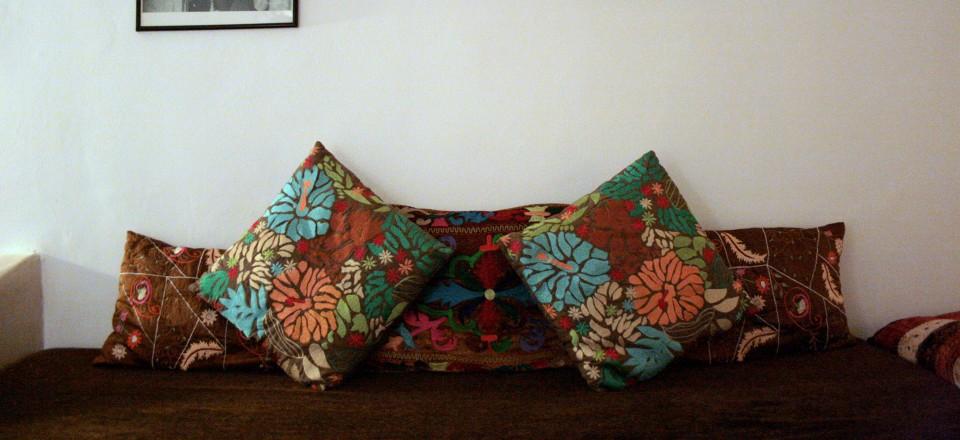 RiadLaaroussa Hotel Fes - Brown room seating